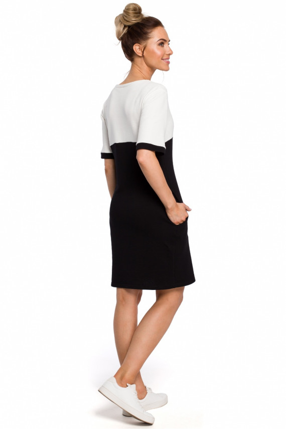 Suknelė modelis 127579 Moe
